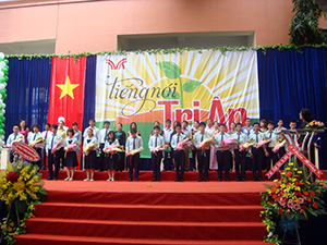 Lễ trưởng thành và tri ân 2011-2012